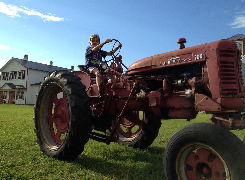 tracteur_farmall_200